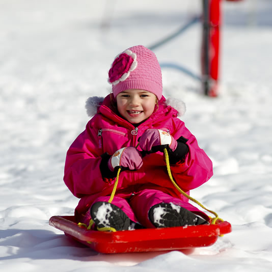 Kids have fun onsnow play package hire - jindabyne