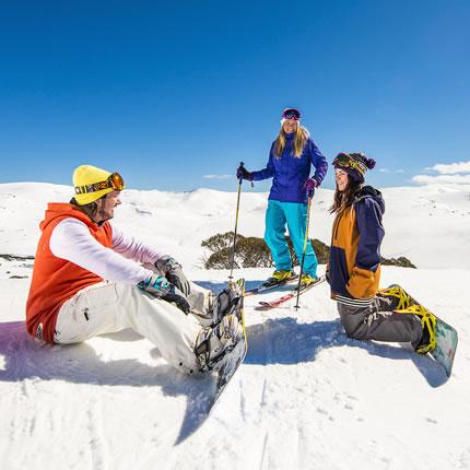 Hire a Ski or Snowboard in Jindabyne
